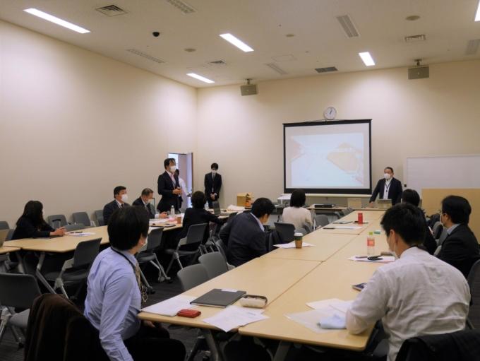 自治体の議員の勉強会「自治体政策青年ネットワーク(JISSEN)」に、教育と探求社 代表取締役社長・宮地勘司が登壇いたしました。